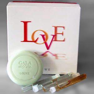 LOVE by Loewe