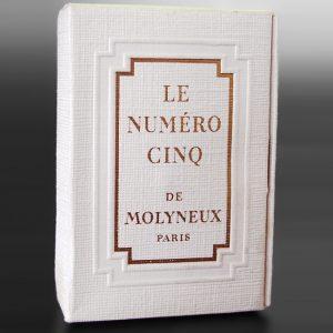 Le Numéro Cinq von Molyneux